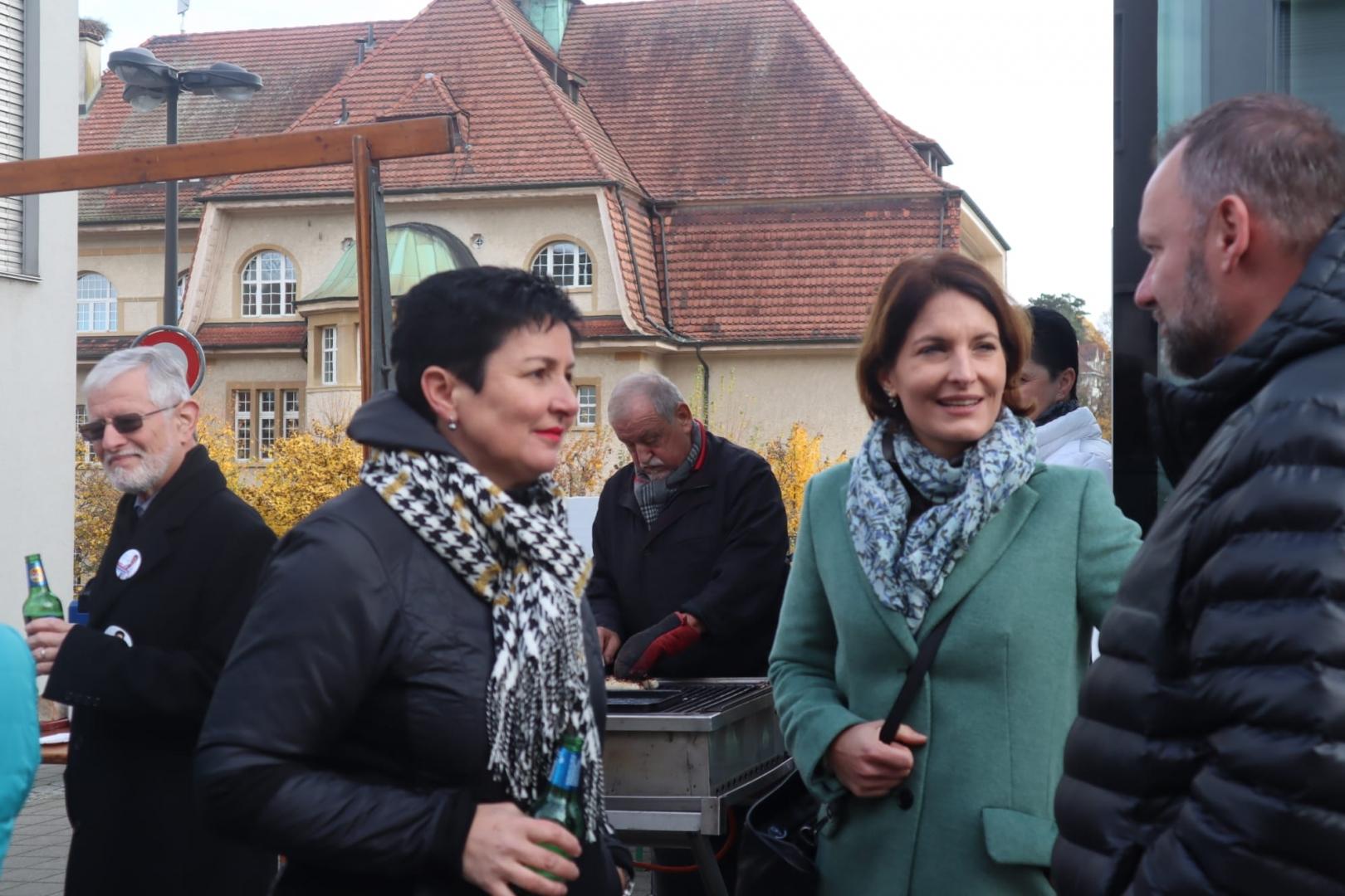 14.11.19 BiBo «Grosse Unterstützung für Daniela Schneeberger in Binningen»